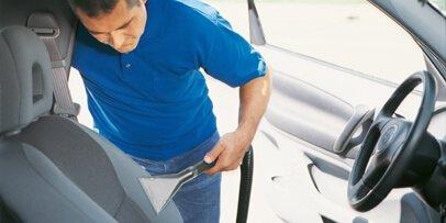 Rengøring af bilsæder